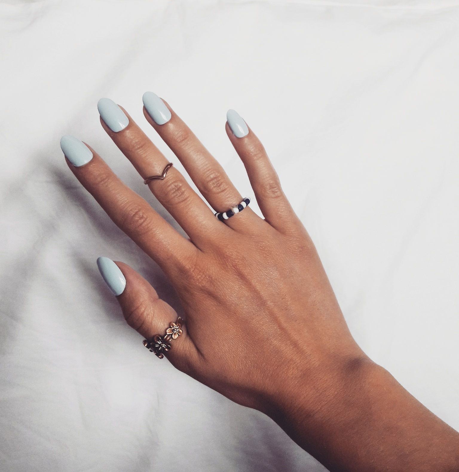 Eleven Oh Seven: TOTALLY BARE PRESS-ON NAILS
