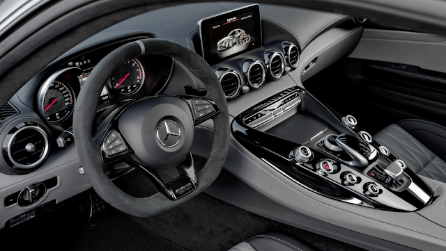 2018-2019 Mercedes-AMG GT C Coupe Interior