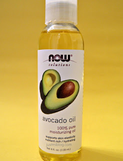Using avocado oil as an essential oil on my natural hair