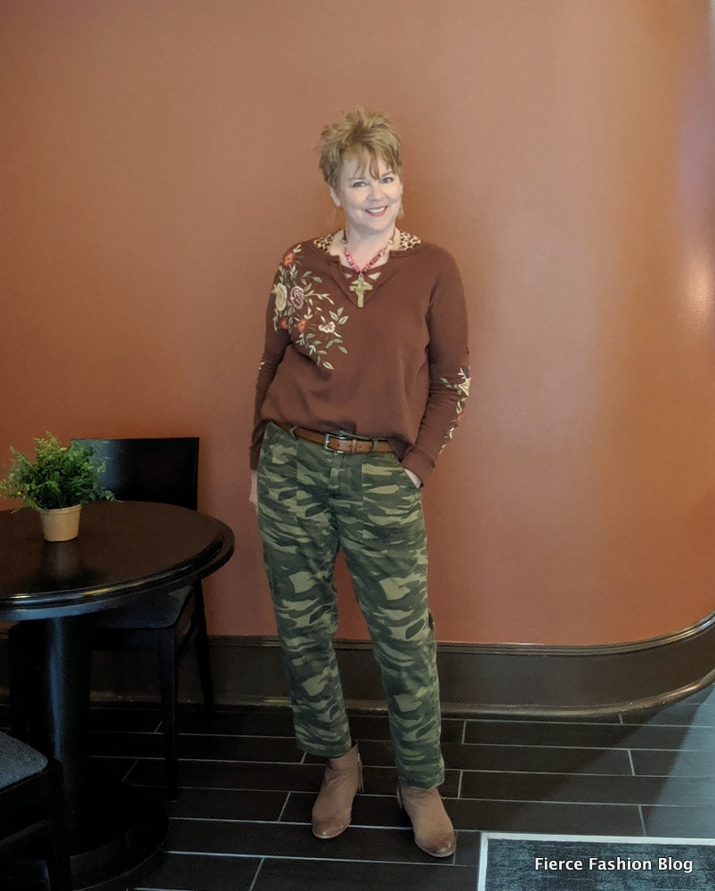 Midlife blogger Kim from Fierce Fashion in camo pants and a refashioned top