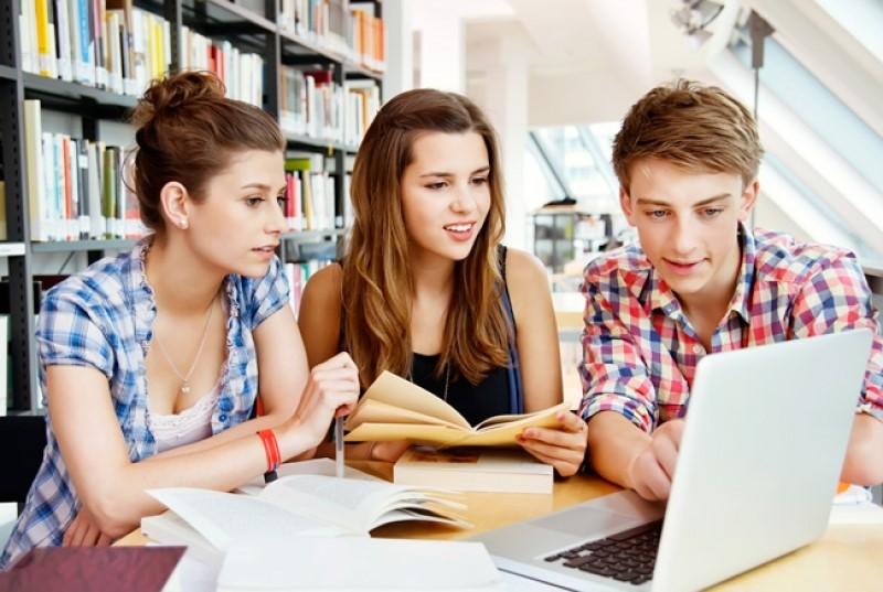 Học tiếng Anh là rất cần thiết cho việc du học Mỹ