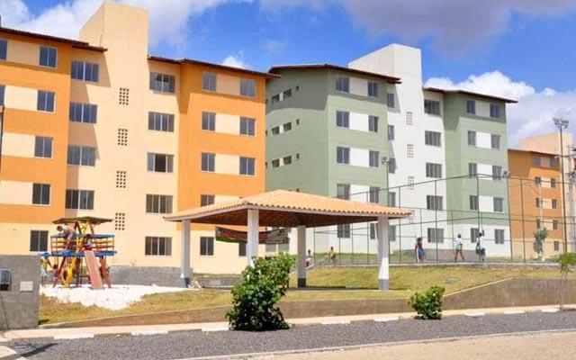 Bolsonaro entrega 472 apartamentos do Minha Casa, Minha Vida em Petrolina