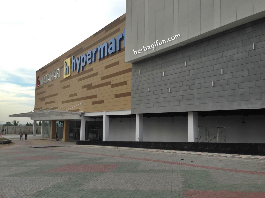 Ngintip Lombok City Center Yang Katanya Mall Terbesar Se