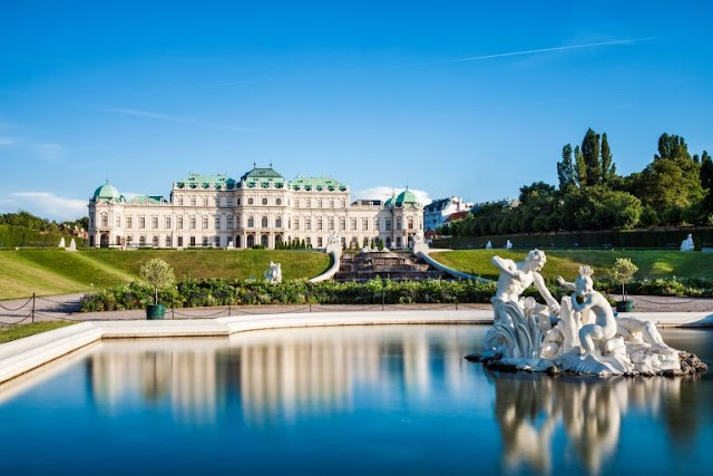 7 Reasons why you should visit Austria