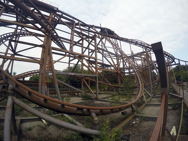 Camelot, theme park, urbex, urban exploration, adventure, explore, abandoned, Lancashire, Manchester, memories, gopro, go pro, knightmare, dragon rider, dragon rollercoaster, rust, derelict, renegades, travel, uk, England, off the beaten track, alternative, selfie, ultimate selfie, extreme selfie,