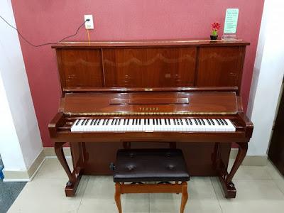 Tìm Hiểu Đàn piano cơ upright Yamaha W106