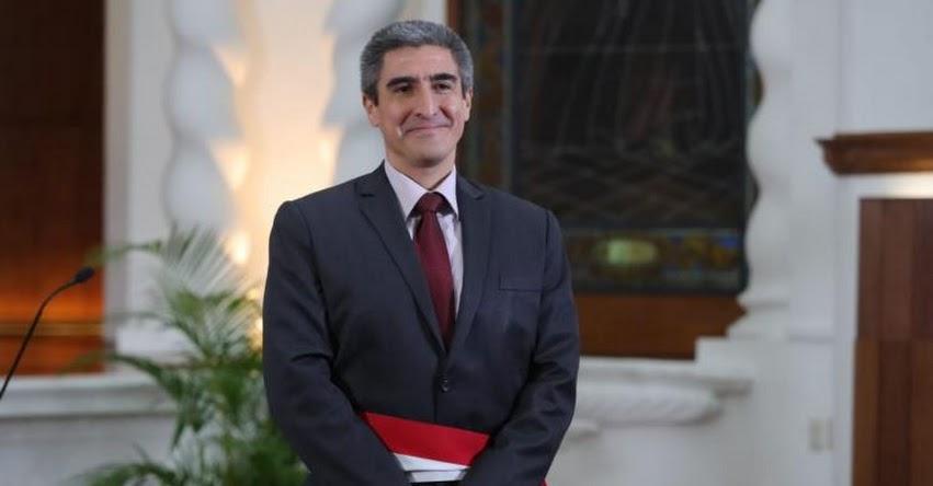 ALEJANDRO NEYRA SÁNCHEZ: Conoce la hoja de vida del nuevo Ministro de Cultura