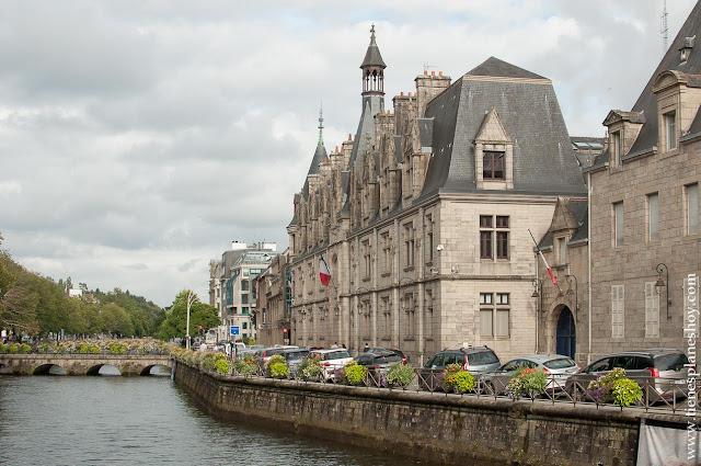 Quimper viaje a Bretaña Normandia turismo