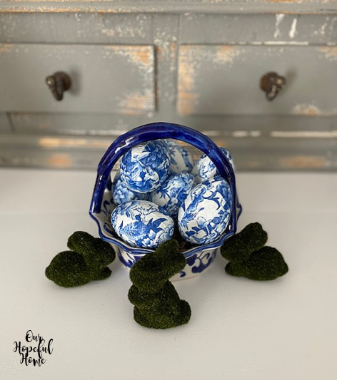 DIY decoupage blue white chinoiserie eggs
