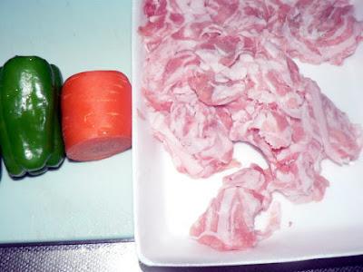 豚バラ炒め材料
