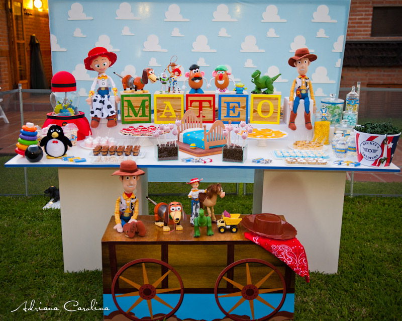 Toy Story Table Decorations