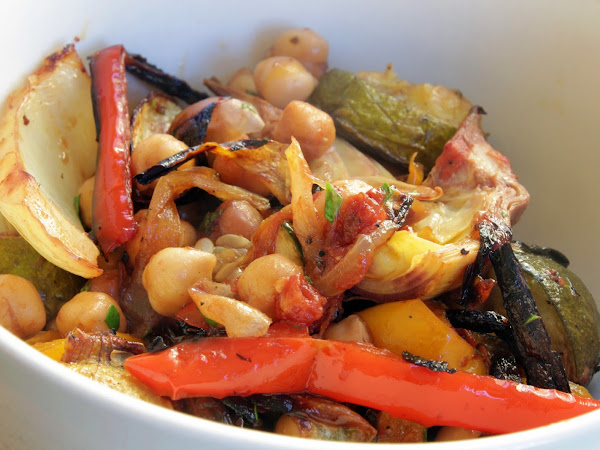 Kinda sorta but not really (Fennel and Chickpea oven roasted Ratatouille)