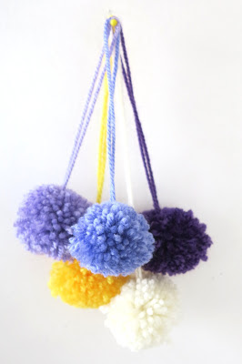 ByHaafner, pompons, colours of pansies, white, yellow, shades of purple