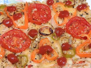 Retete pizza cu legume vegetariana de post gatita acasa cu ardei rosii ciuperci masline si branza tofu reteta traditionala taraneasca italiana retete culinare gustari si mancare,