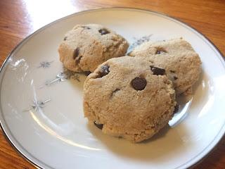 Friendly Chocolate Chip Cookies Keto, Low-Carb, Gluten-Free, Vegan