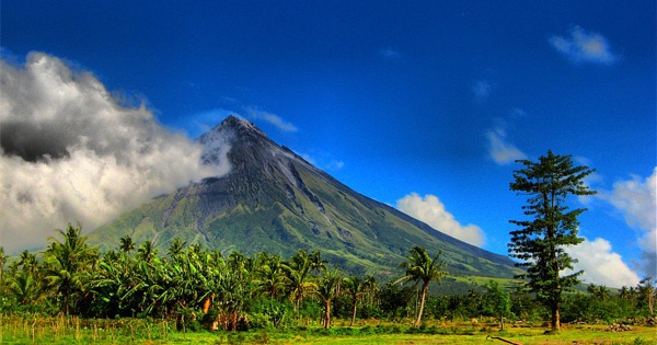 Mount Mayon in the Albay region of Bicol, Philippines