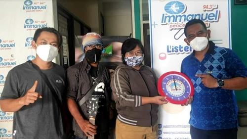 Prima Founder Records Rilis Heniikun Bay dari Yogyakarta, Band Jawa Pertama di Indonesia