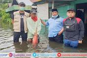 Peduli Korban Banjir, Ketua Umum BKPRMI Serahkan Bantuan Kabaharkam Polri ke Warga