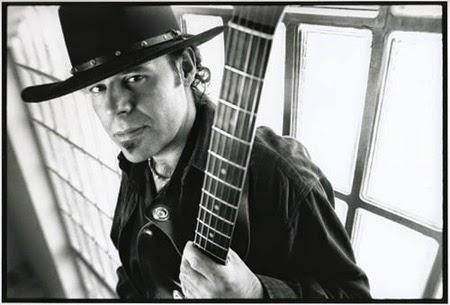 newest 0f09c 39d3c Grupo español de blues rock formado el año 1991 en Madrid e integrado por  su líder Javier Vargas (guitarra) más el acompañamiento de Tim Mitchell  (voz), ...