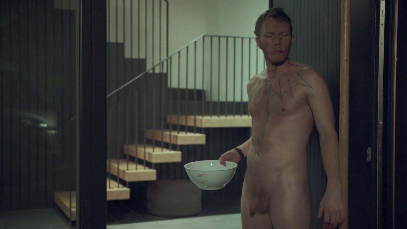 Hottest netflix shows for male nudity