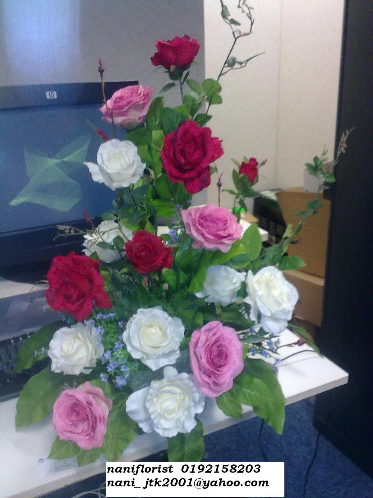 Nani Florist Jambangan Bunga Bunga Artifical Menghiasi Di
