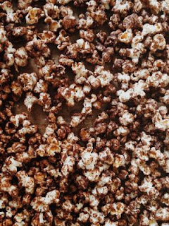 10 ideas for popcorn, stove top popcorn recipe, survivalist popcorn recipes, large family snack ideas,