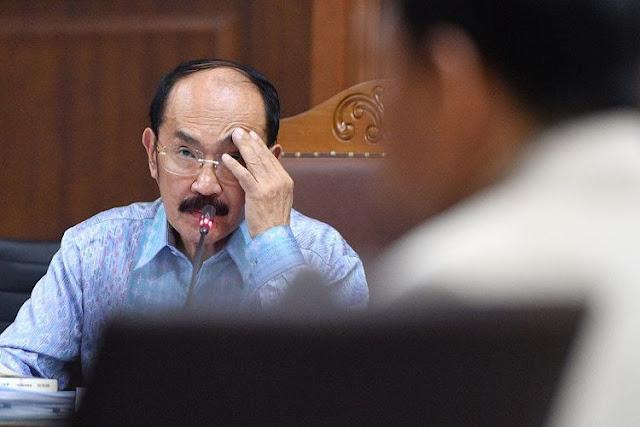 "Terbukti Bersalah ""Di Drama Kepala Papa Setnov Benjol Segede Bakpao"", Fredrich Yunadi Hanya Divonis 7 Tahun, Padahal Jaksa Menuntut Hukuman...."