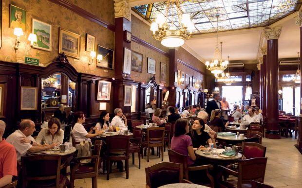 CAFÉ TORTONI BUENOS AIRES, ARGENTINA