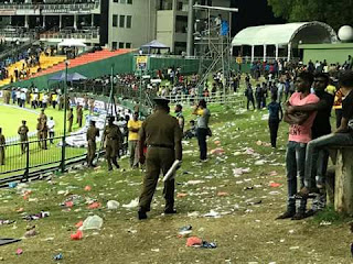 India Vs Sri Lanka 3rd ODI: Fans throw bottles on ground