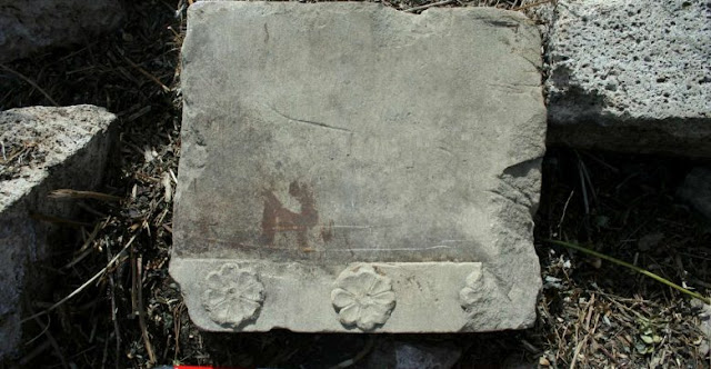 Parts of new Doric monument found at Paestum