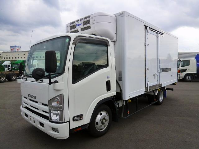 Isuzu Elf Truck Reconditioned from Japan