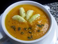 Receta de crema de zanahoria con manzana al curry.