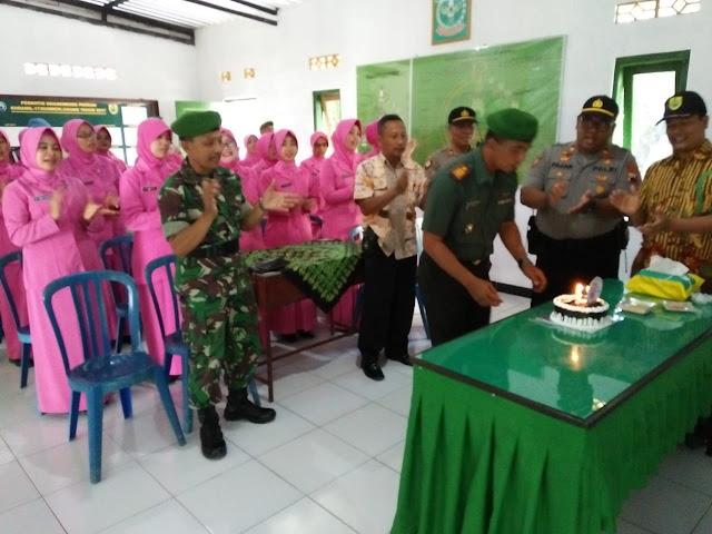 Syukuran HUT TNI Ke-74 Di Sumberlawang Di Gelar Secara Meriah