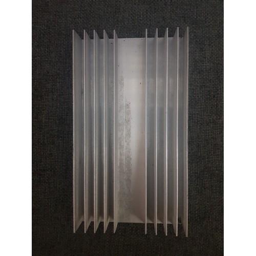 Nhôm Tản nhiệt amply 10 cánh 11x20cm