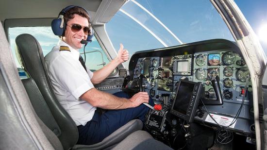 Bercita-cita Jadi Pilot? Jangan Ragu-ragu, Inilah Keuntungan yang Akan Didapatkan Jika Kamu Menjadi Pilot