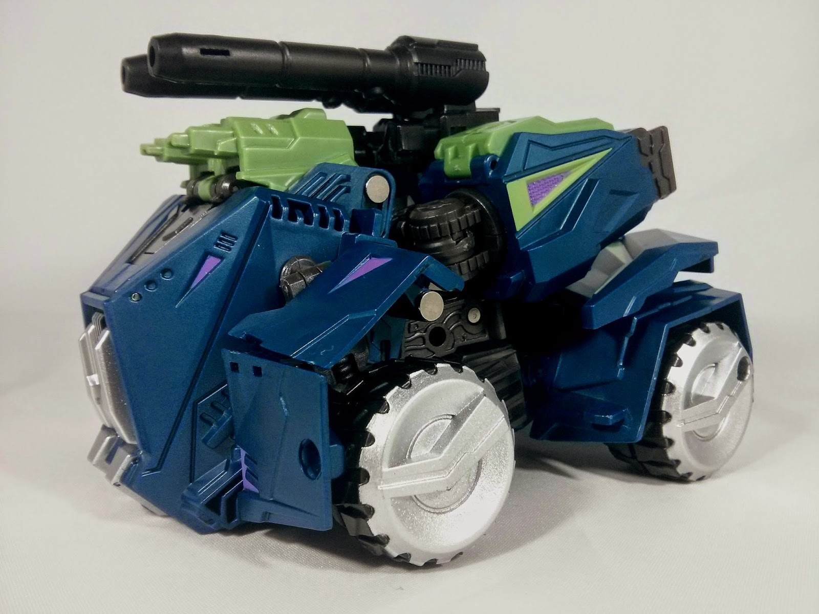 microblaze military titans onslaught vehicle