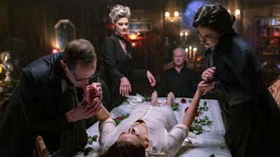 Van Helsing Season 4 Image 42