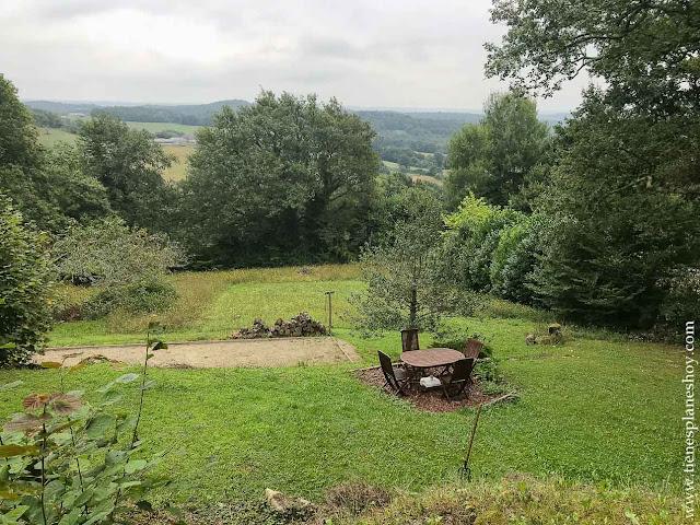 Barcus escapada viaje alojamiento jardin