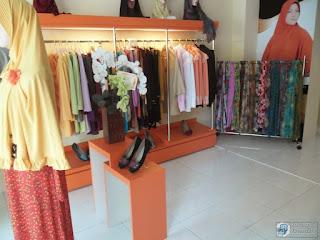 Kontraktor Interior - Furniture Interior Untuk Tempat Usaha - Commercial Furniture Semarang