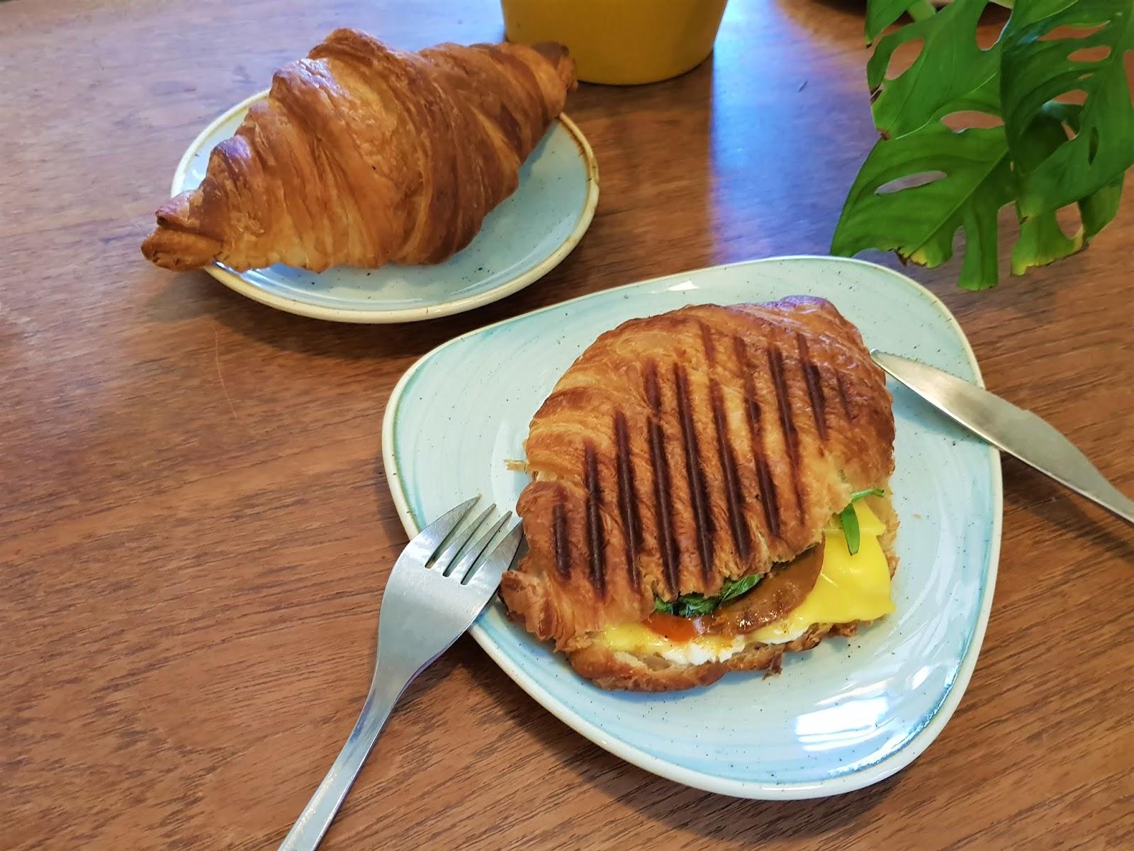 Kaf Vegan Bakery Copenhagen -  Best vegan restaurants in Copenhagen -  Copenhagen Travel Guide