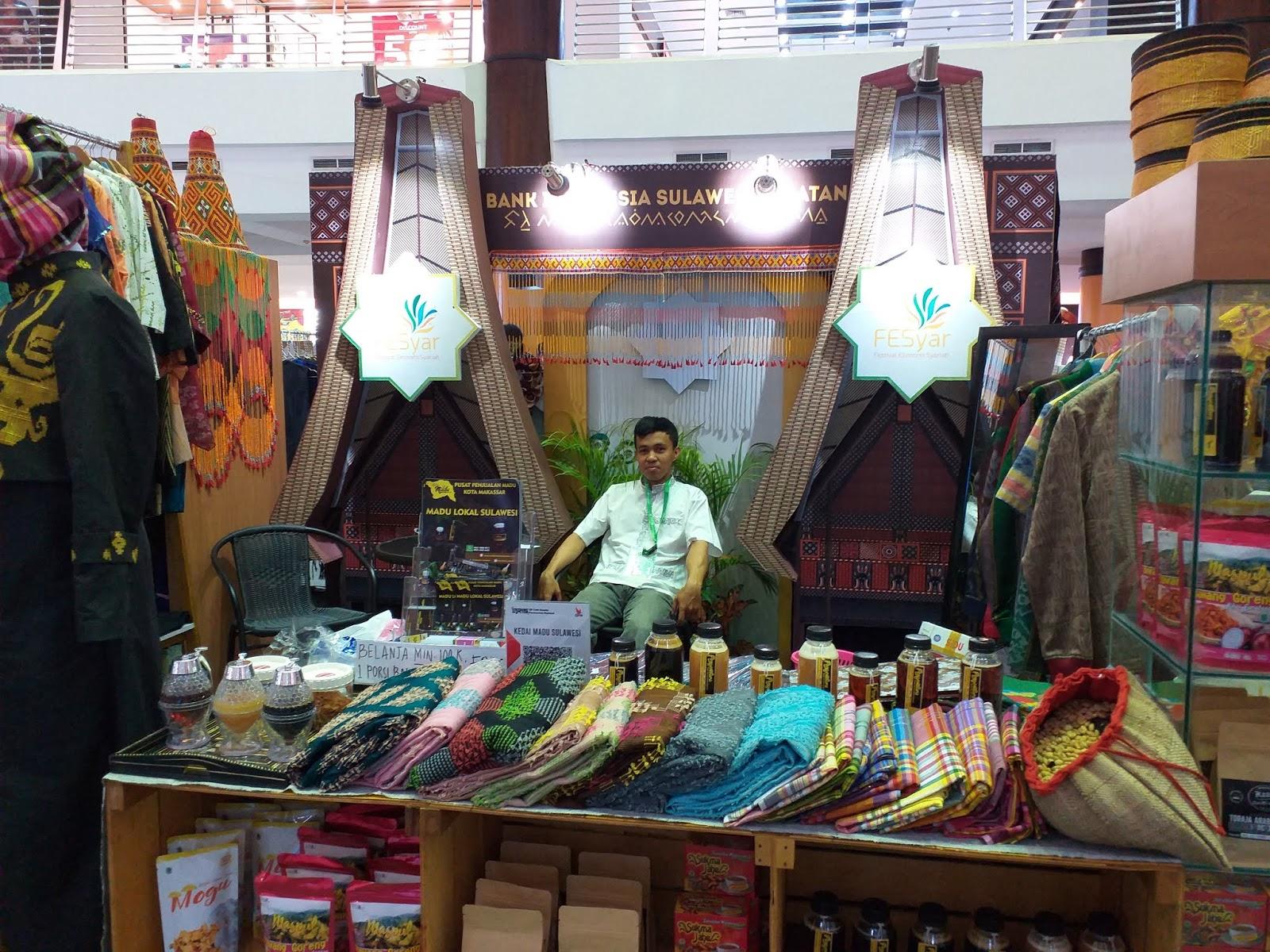 Owner Kedai Madu Sulawesi