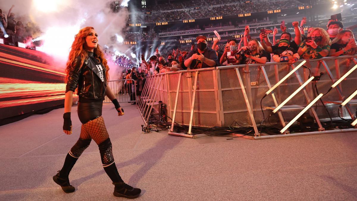 """Becky Lynch deverá ser uma das principais """"heels"""" do WWE SmackDown"""