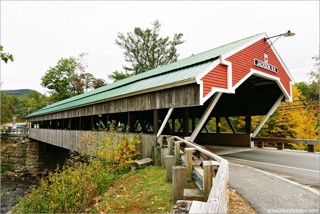 Puente Cubierto que hace de Entrada a Jackson, New Hampshire