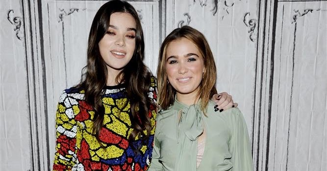 Hailee Steinfeld Amp Haley Lu Richardson At The Build Series