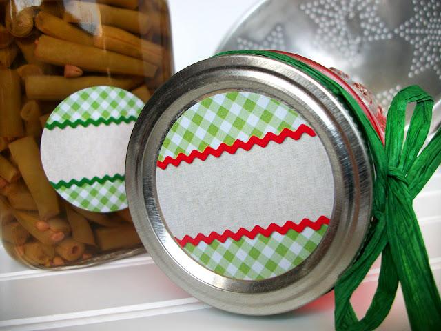 gingham canning jar labels