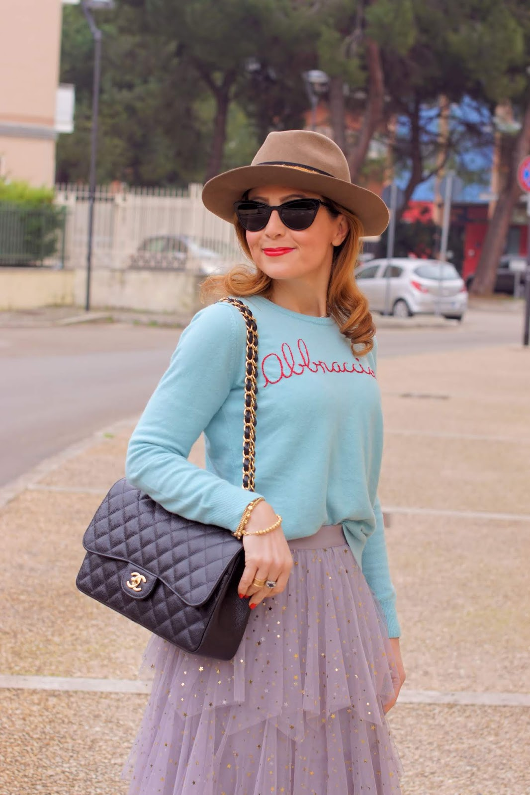 Fedora hat,Tulle skirt and Combat boots outfit idea on Fashion and Cookies fashion blog, fashion blogger style
