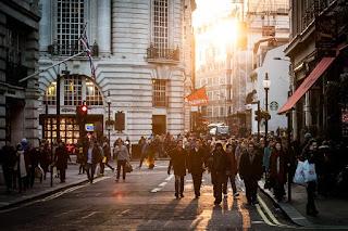 10 Karakteristik Kehidupan Kota