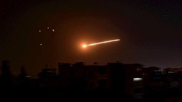 Defensa antiaérea siria repele ataque israelí con misiles