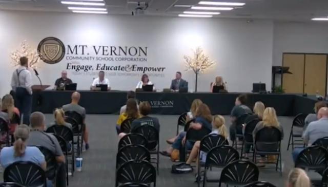 Dr. Dan Stock bomba-erejű felszólalása az elhibázott vakcinázásról és víruskezelésről! Videók