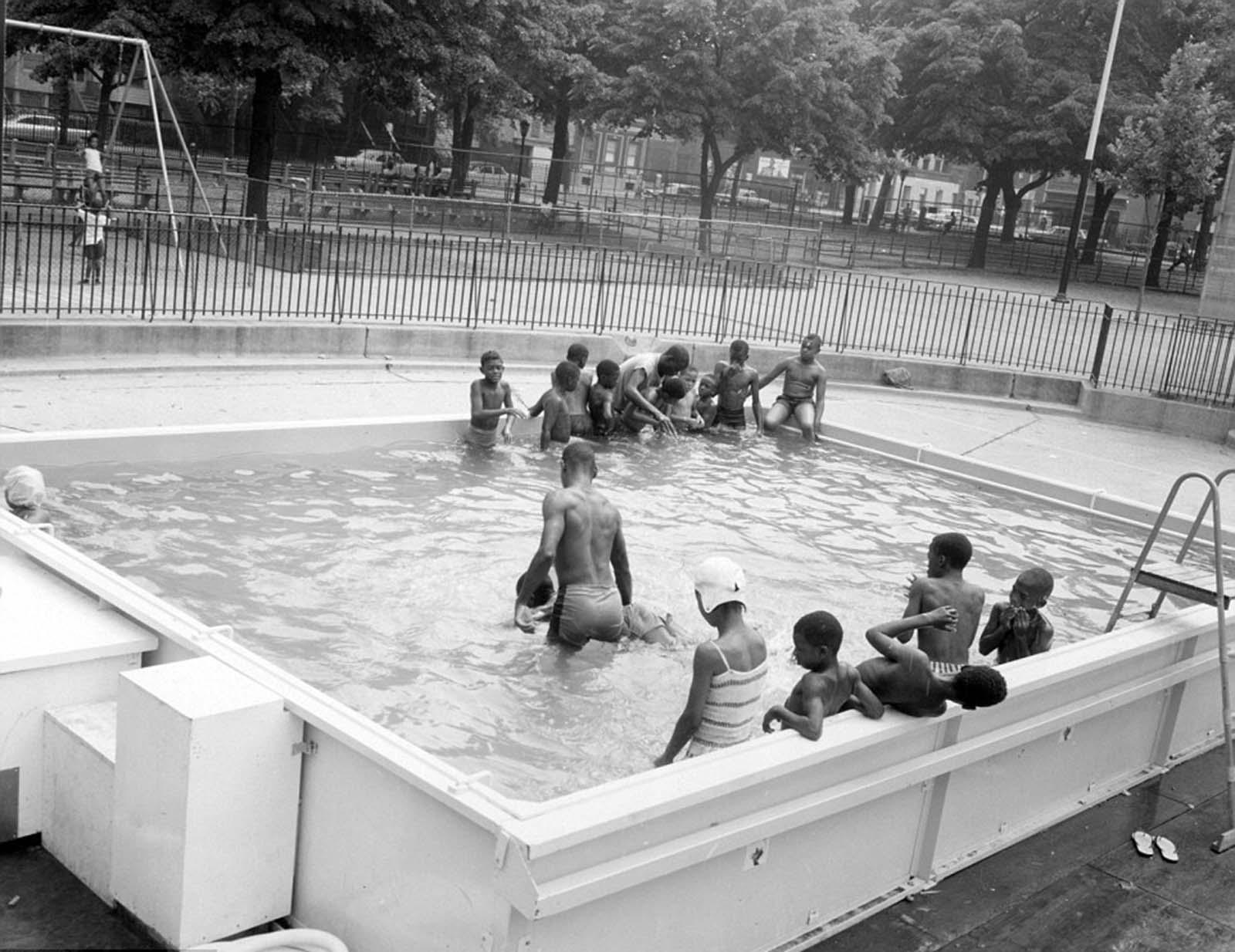 new york swimming pools historical photographs
